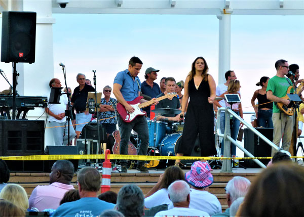 Pier Village Music Closes 2018
