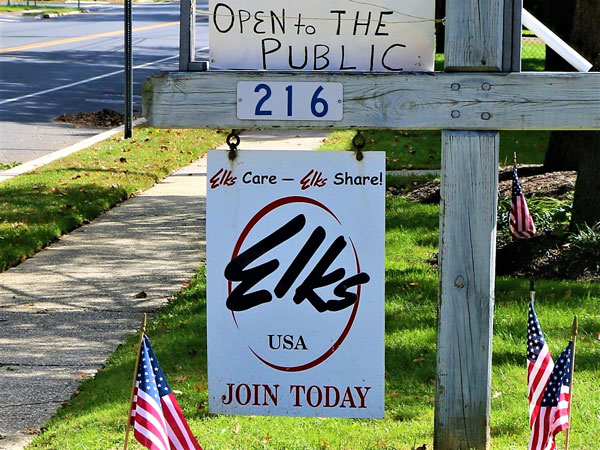 Eatontown Elks Great Meals for Great Causes